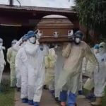 Despiden a trabajador de la salud en Estelí con emotivo «funeral covid»