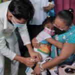 Médicos advierten riesgo de vacunar a niños con biológicos cubanos en fase experimental