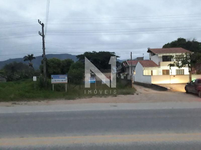 📌Ótimo terreno comercial, localizado as margens da Rodovia SC 410, bairro Centro, Canelinha SC!!!