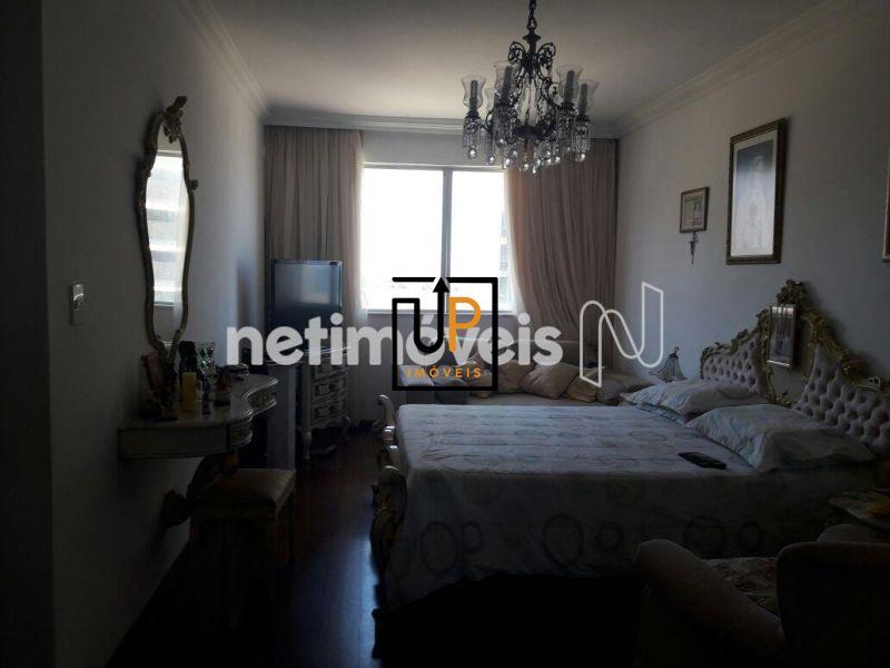 Apartamento  à  Venda na Pituba