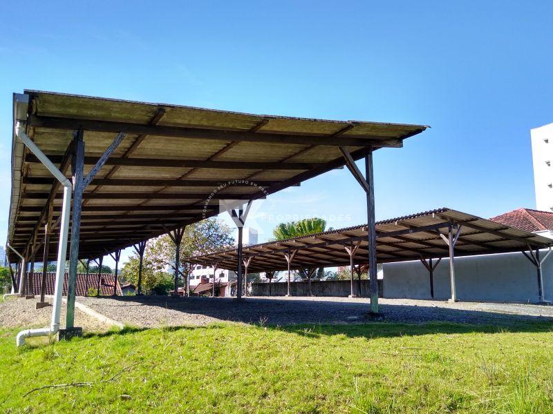 Terreno/Lote para alugar  no Anita Garibaldi - Joinville, SC. Imóveis