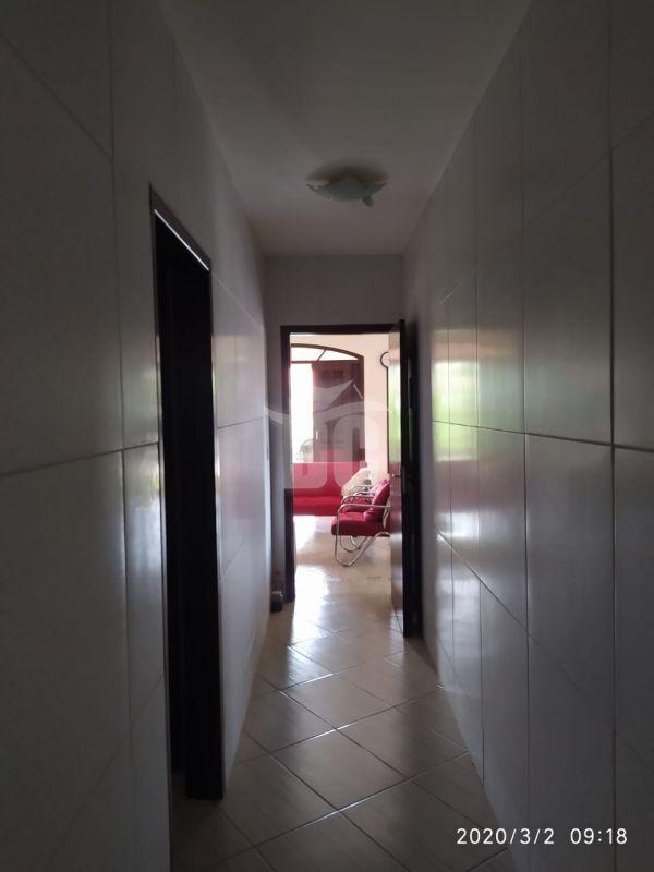 Casa com 3 Dormitórios à venda, 264 m² por R$ 410.000,00