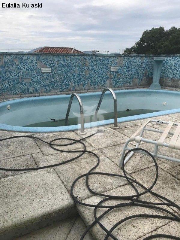 Casa com 3 Dormitórios à venda, 252 m² por R$ 800.000,00