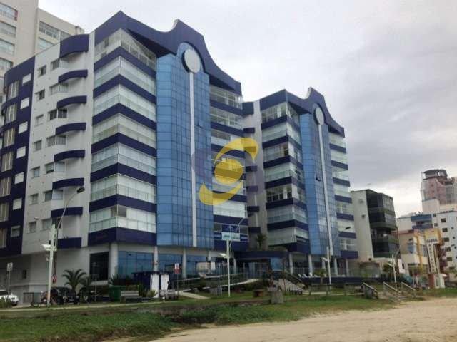 Apartamento em Luxuoso Condomínio - 4 Suítes em Frente ao Mar Apartamento em Luxuoso Condomínio - 4 Suítes à venda em Frente ao Mar de Itapema