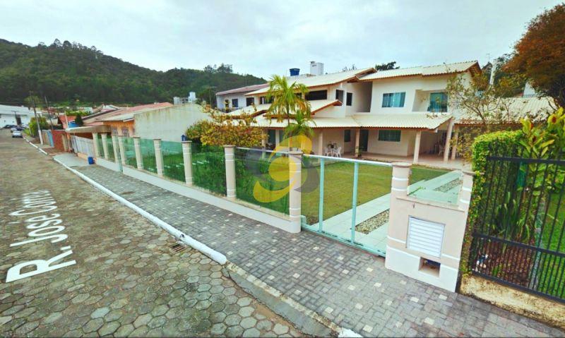 Ótima Casa em Itajaí Aluguel Anual Bairro Fazenda