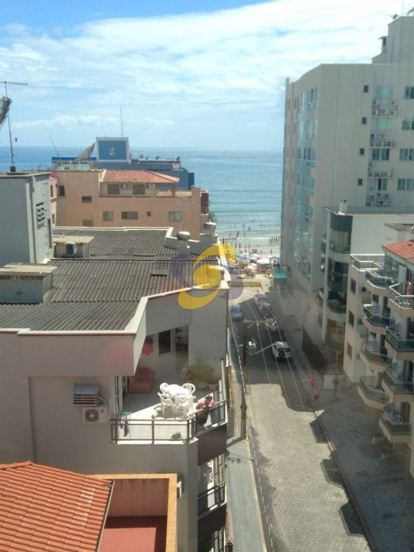 Aluguel de temporada: Apartamento com 3 suítes na quadra do mar!!