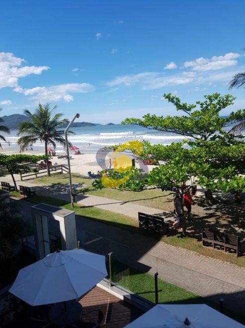Apartamento quadra Mar 2 Quartos, Prédio de frente para o mar