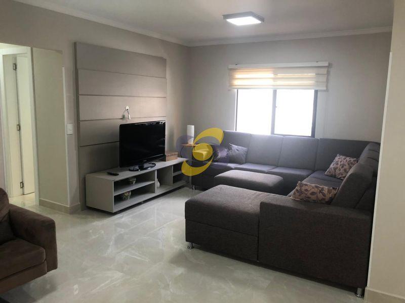 Excelente Apartamento a recém reformado próximo ao Mar! Com 3 Dormitórios Sendo 1 Suíte em Meia Praia - Itapema/SC!