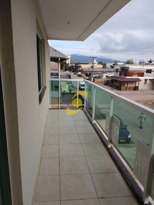 Apartamento a venda de 03 dormitórios no Morretes.