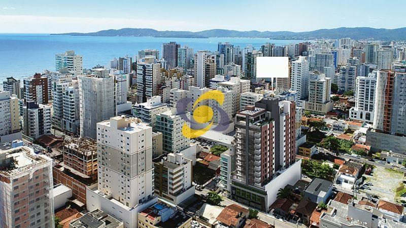 Apartamento em ótima localização para compra na planta no coração de Meia Praia!
