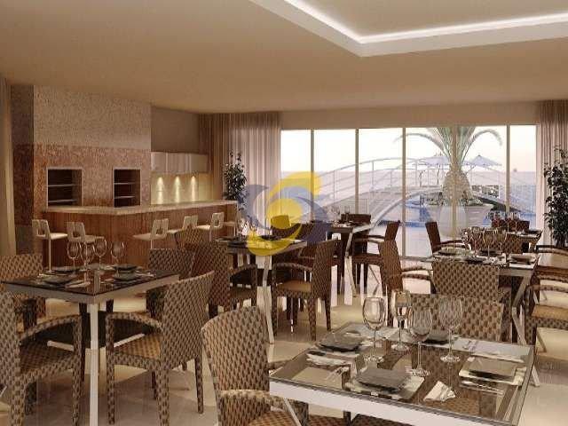 Apartamento à venda:  04 suítes com exclusividade e conforto de Frente para o Mar! 2 Apartamentos por Andar de 2 a 4 Vagas de Garagem,