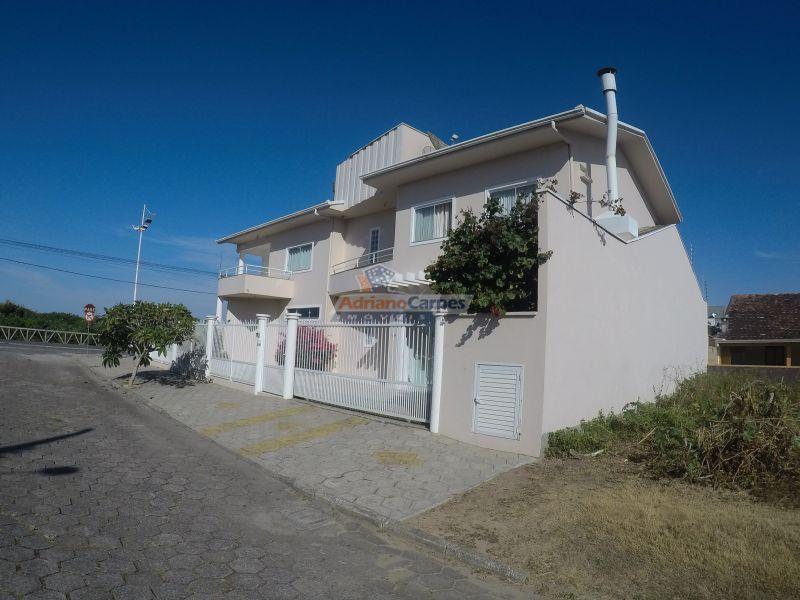 Casa à venda  no Meia Praia - Navegantes, SC. Imóveis