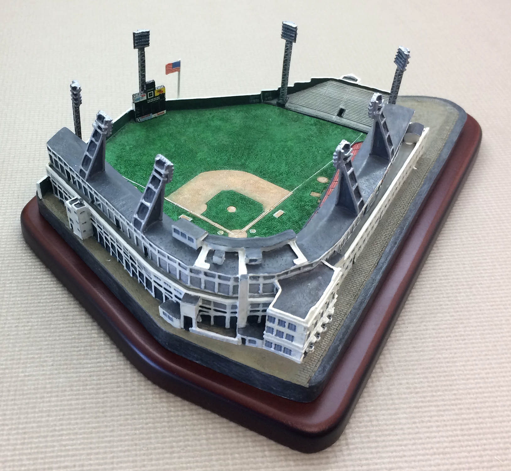 Danbury Mint Crosley Field Replica