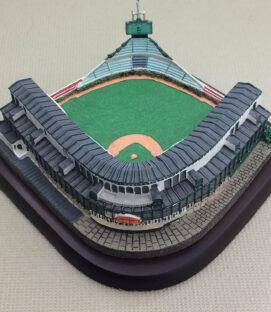 Wrigley Field Mini Replica Ballpark