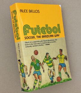 Futebol Book by Aex Bellos