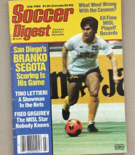 Soccer Digest July 1985