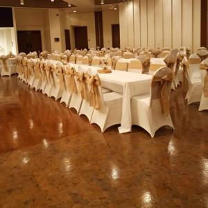 A tableclothsfactory.com Customer