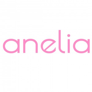 A Anelia Fashion Shop Customer