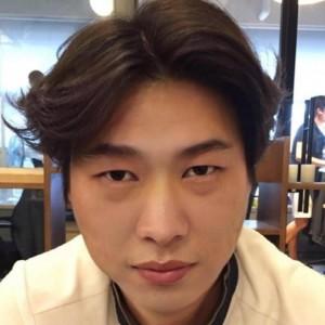 A 렌즈팩토리 Customer