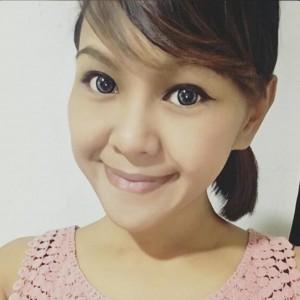 A Barbie Eyesland Customer