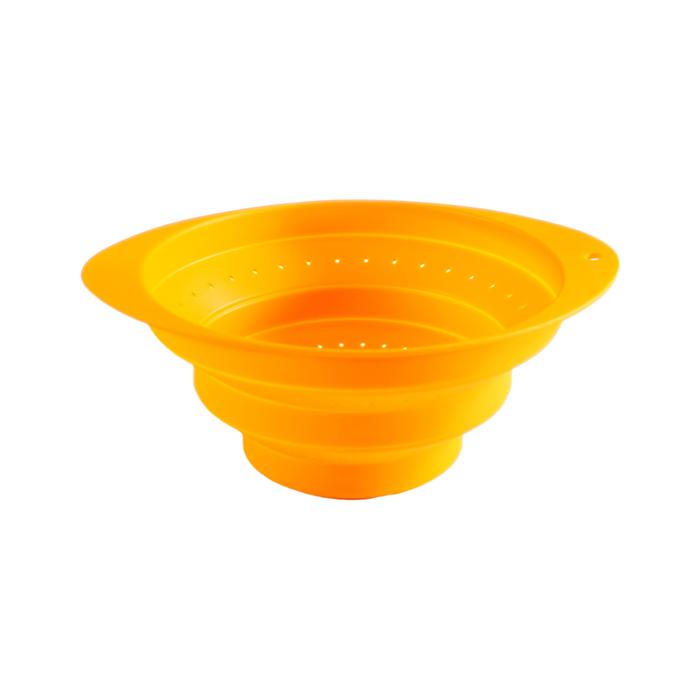 Collapsible Colander Strain, Wash or Drain! TAKES UP NO MORE SPACE THAN A PLATE!