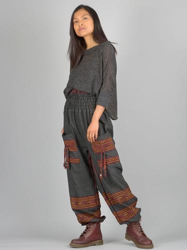 Pantalon bouffant épais noir et orange