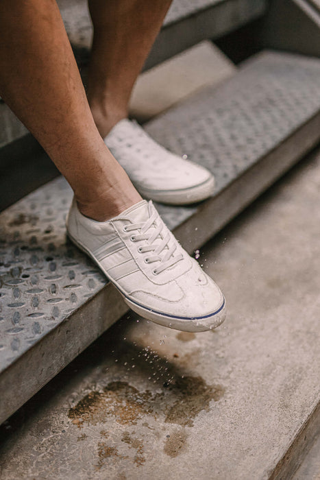 pretty nice 52a88 d9d6e The KYDRA Shoe (Mens)