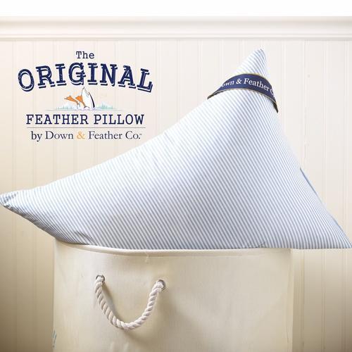 D&FCo. Original Feather Pillow Queen Size - Firm (30oz)