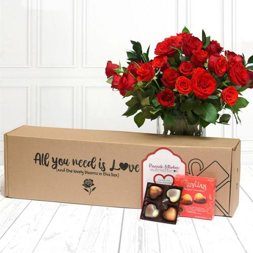 Premium Red Roses & Pralines(small) Gift Pack