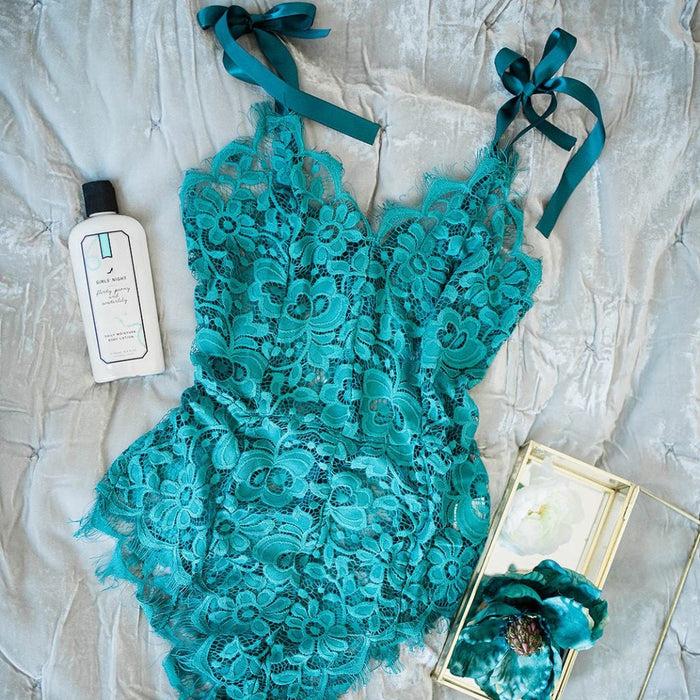 Floral Lacy Tie Teddy - Emerald