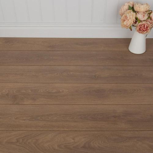 Shire Oak Laminate Flooring - AC4 - 8mm - 2.22m2
