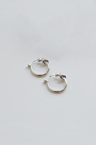 CORA Sterling Silver Knotted Circle Earrings // 2 Colors Available