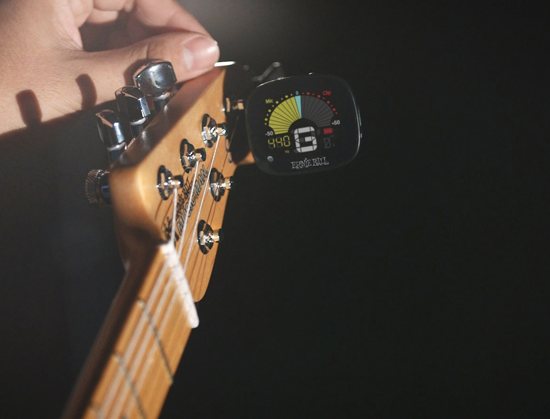 Clip-On Stimmgerät Ernie Ball FlexTune
