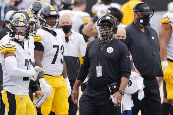 Steelers sign coach Tomlin to 3-year contract extension