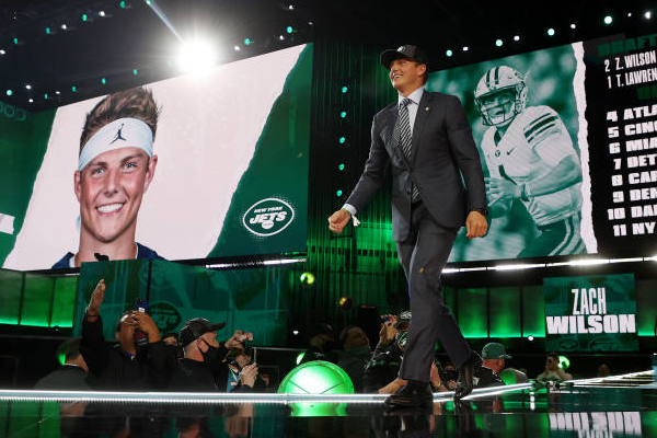 Jets draft all offense with first 4 picks of NFL draft
