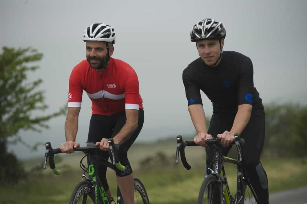 choosing the right cycling kit - best waterproof jersey