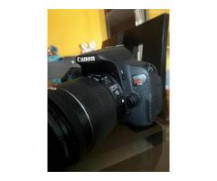 Vendo Canon EOS REBEL T5i