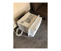 Urgent sale air conditioning 12050 btu