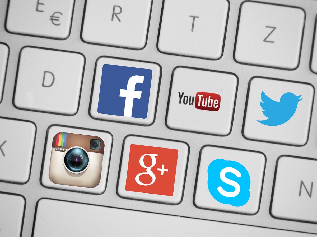 Social Media for Wedding Photographers