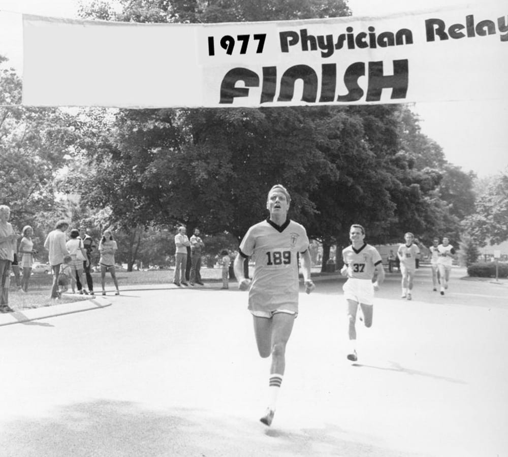 William Schaffner finishing the 1977 Physician Relay Race