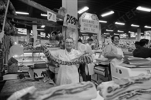 Butcher at Hardeman's Meat Market, 1970, VIS 101.708.016, Boyd Lewis, Photographer, Kenan Research Center, Atlanta History Center.