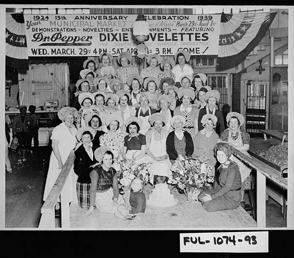 Market Employees in 1939, Vanishing Georgia, Georgia Archives, Morrow, Georgia.