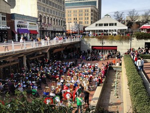 "Givens, Darin. ""Tuba Christmas at Underground Atlanta."" ATL Urbanist. N.p., 8 Dec. 2012. Web. 2 Apr. 2016."