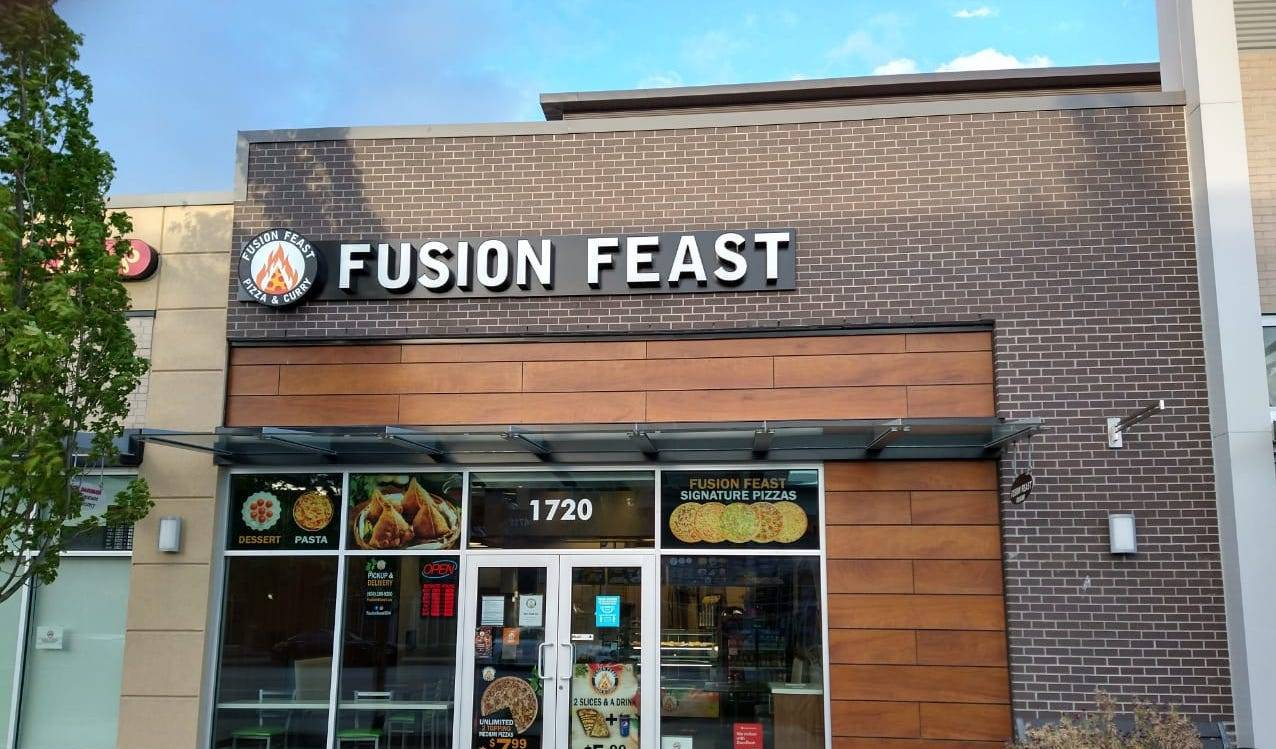 Fusion Feast Pizza & Curry