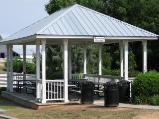 Bluebird picnic shelter at Historic Oak View
