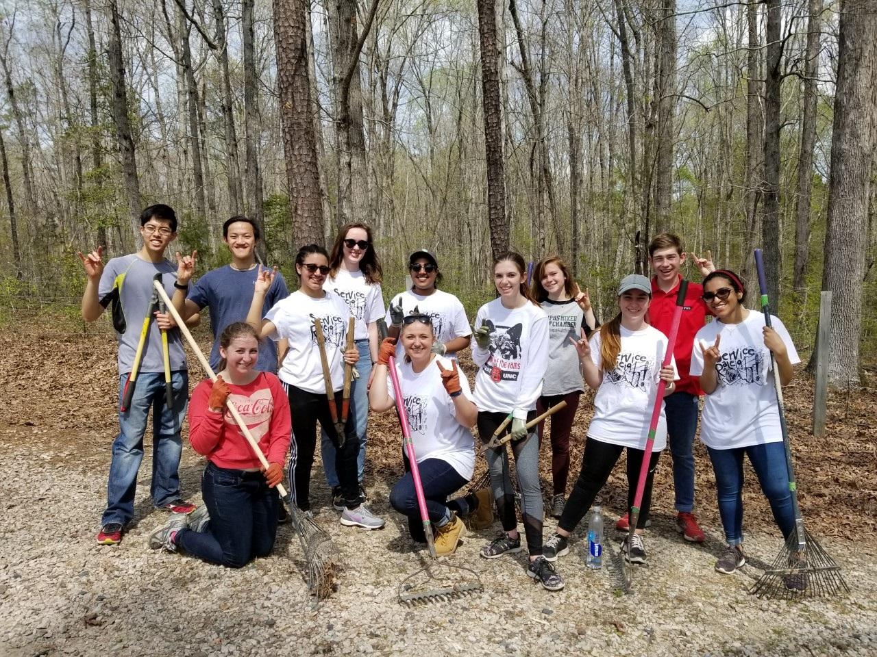 Photo of a group of student volunteers on the American Tobacco Trail