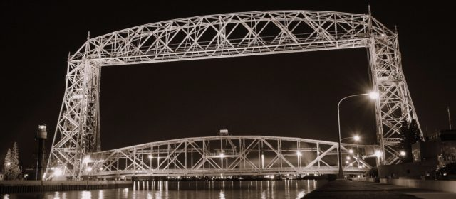 Rumor of World War II air ace's trick flying through bridge does not fly right with some