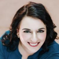 Author Kat Tretina