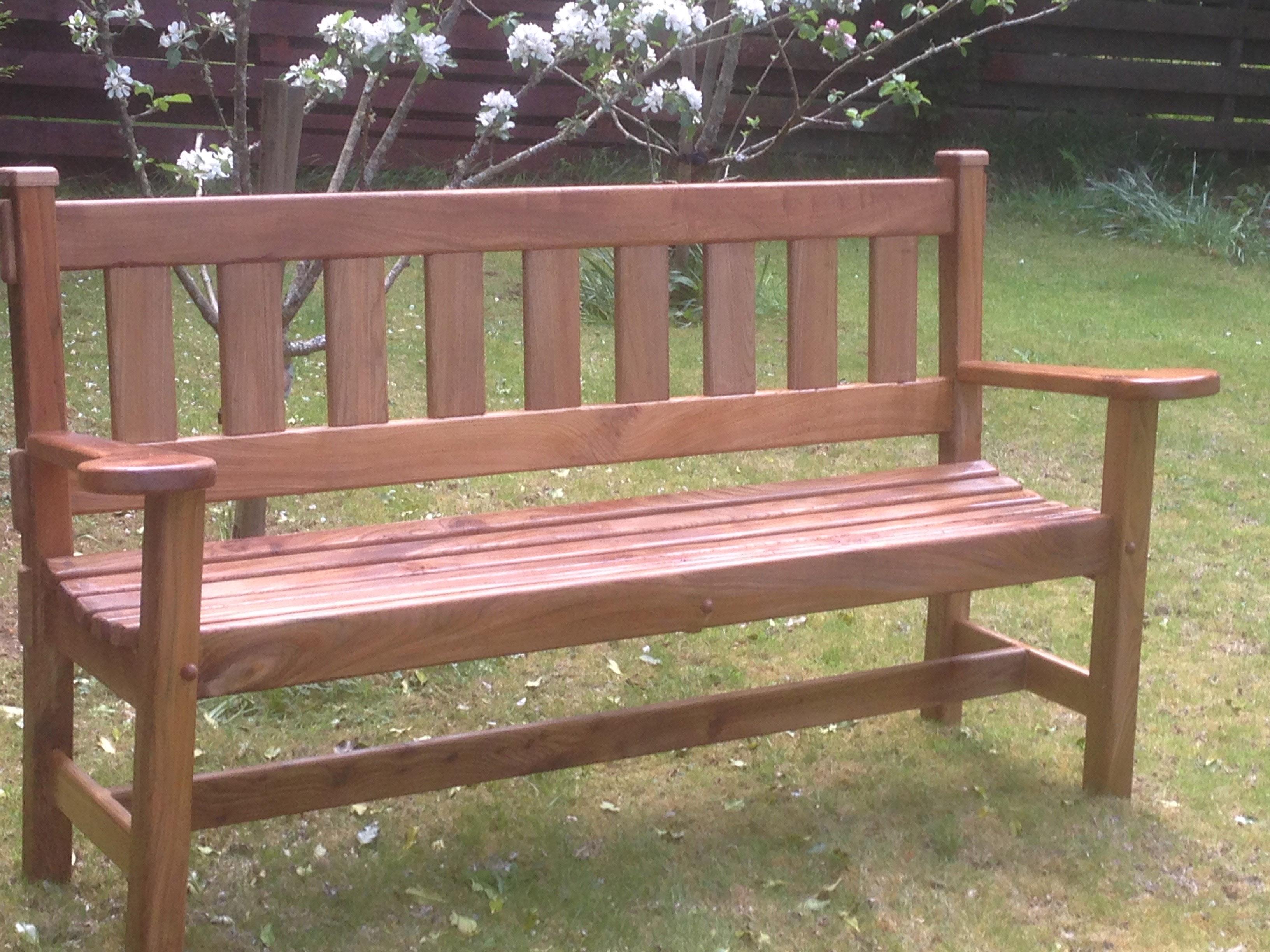 Elm Garden Bench