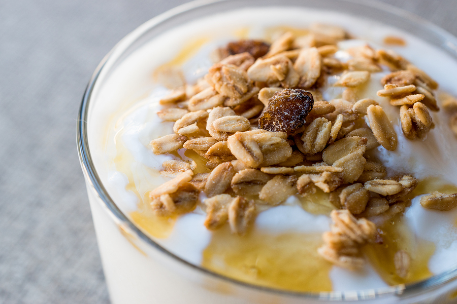 Greek yogurt with honey and granola-easy meals busy travel nurses